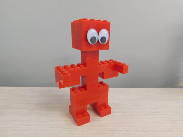E055 Preschool Engineering Brick Challenge 2 Robot 600x450 - Brick Challenge #2